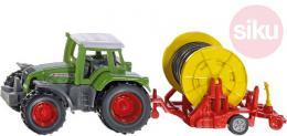 SIKU Traktor zelený set s vleèkou se zavlažovacím kotouèem model kov 1677